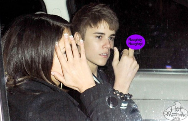 Justin Bieber Middle Finger