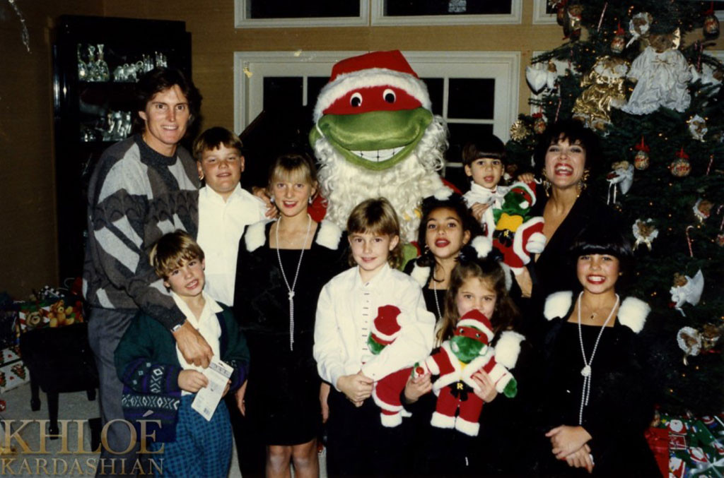 Kardashian Family Christmas Cards Over The Years -- PICS: All The ...